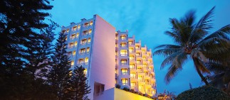 5 star hotel in Ernakulam at The Gateway Hotel Marine Drive, Ernakulam