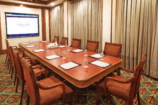 5 star Business Centre at The Gateway Hotel Marine Drive Ernakulam, Kerala -3x2