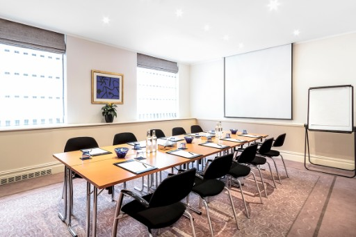 Board Rooms in London at St. James' Court - 3x2