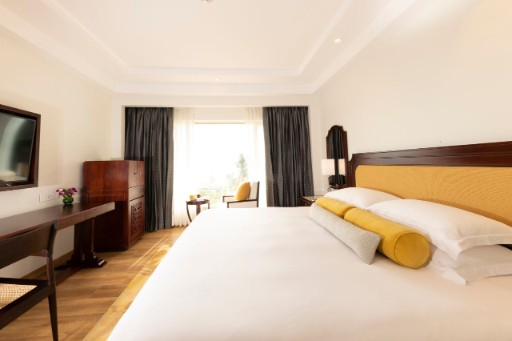 Luxury Room With City Facing View at Taj Samudra, Colombo