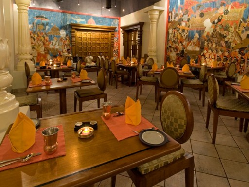 Indian cuisine restaurant in Colombo - Navratna | Taj Samudra, Colombo