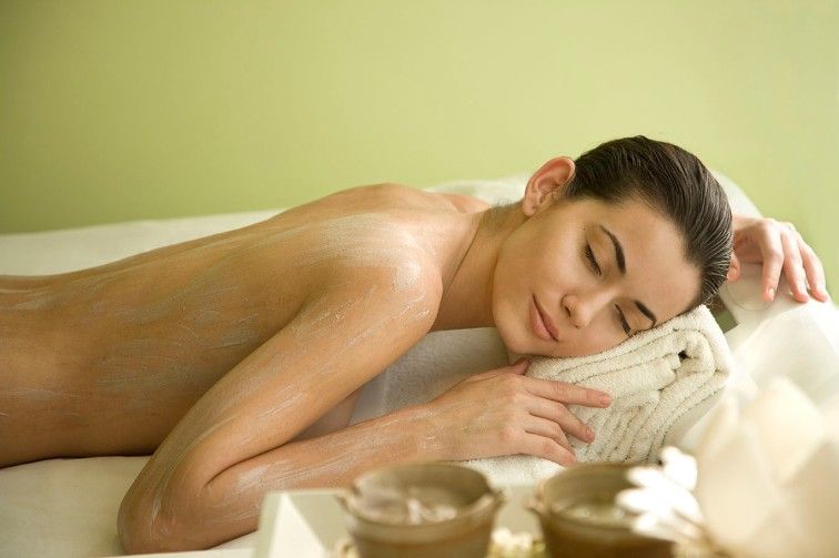 Indulge in a Spa Therapy at Jiva Spa