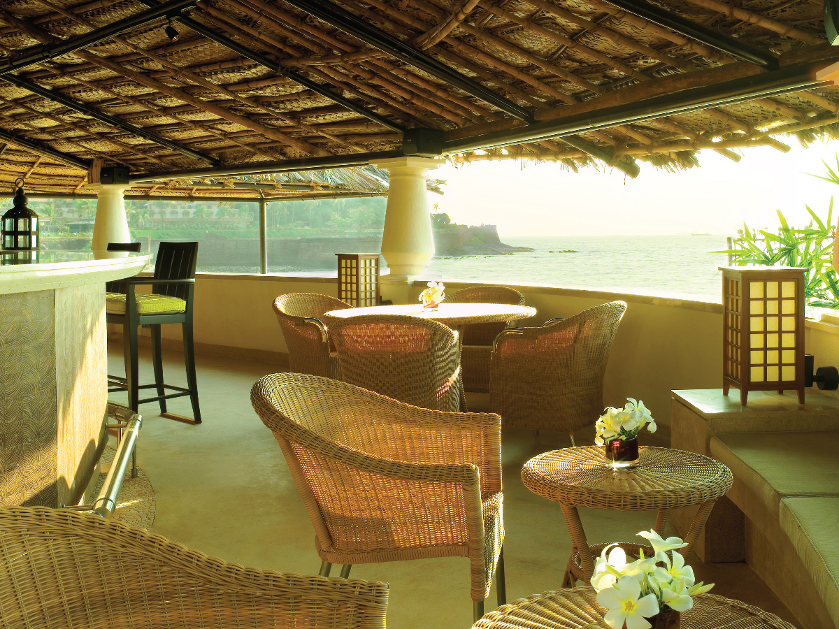 Luxury Lounge in Goa - Taj Holiday Village-4x3