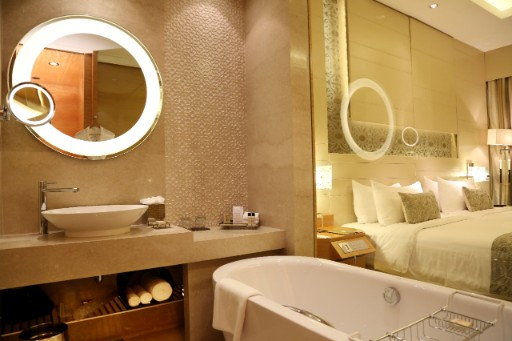 Luxury Bathroom in Deluxe Room at Taj City Centre Gurugram