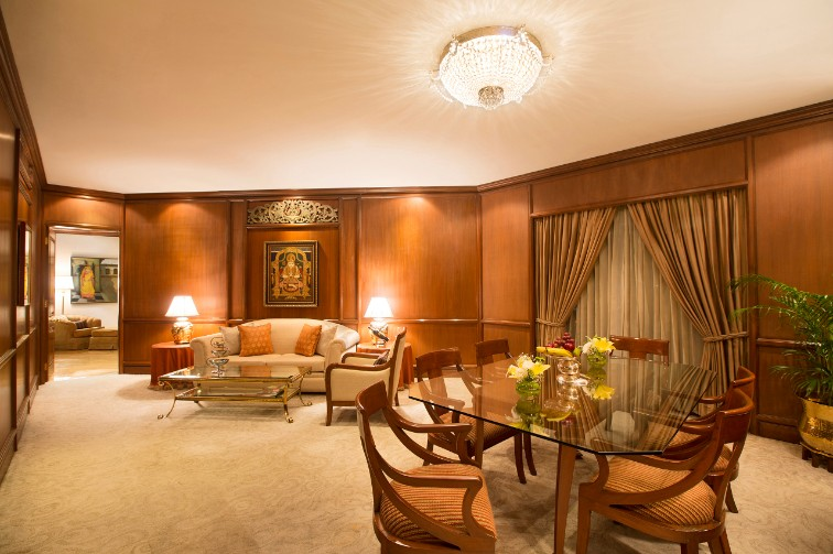 Grand luxury suites at Taj Coromandel