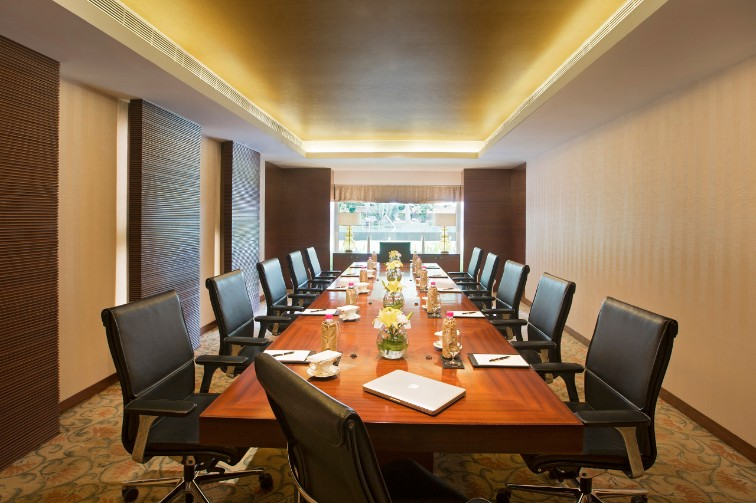 Business Centre for meetings at Taj Coromandel