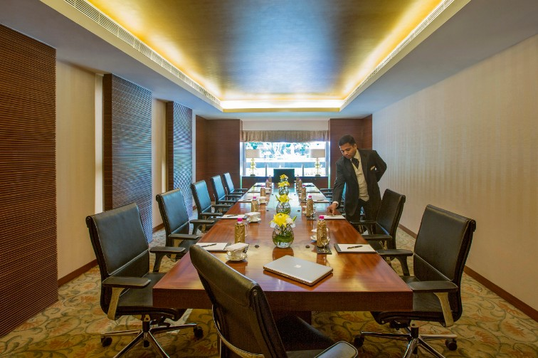 Board rooms with exemplary services at Taj Coromandel
