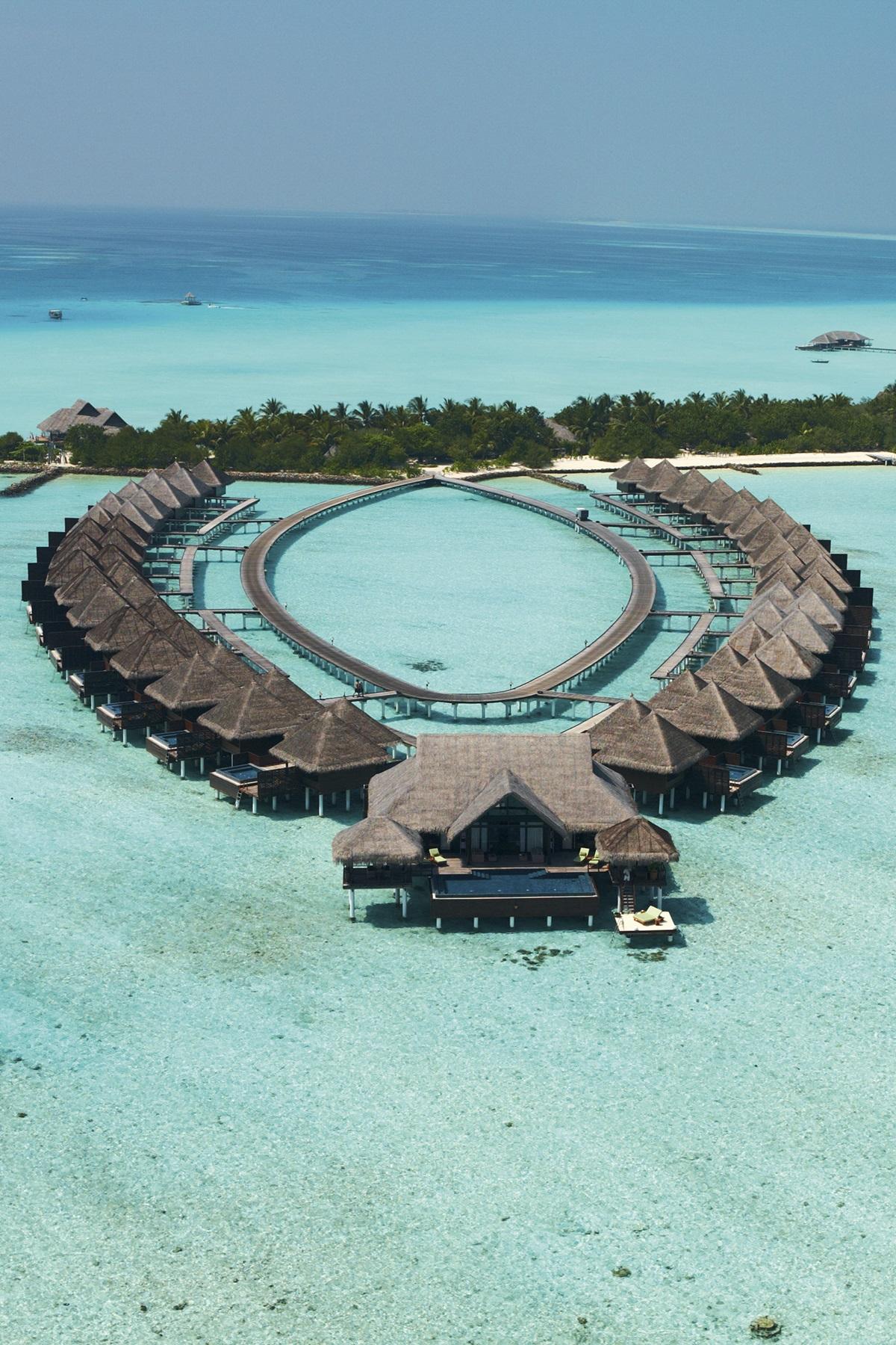 luxury resorts in maldives taj vivanta hotels