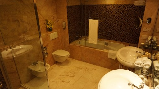 Luxury Bathroom at Taj Chandigarh