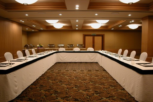 Meeting Spaces at Vivanta President Mumbai