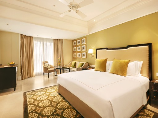 Grand Luxury Room at Taj Connemara, Chennai