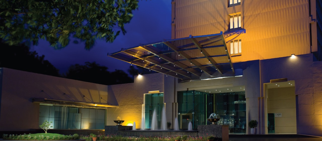 Business and Leisure Hotel in Pune -  Vivanta Blue Diamond